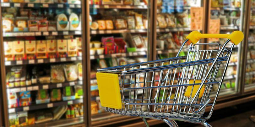Hartz IV-Bezieher können nun direkt im Supermarkt Geld abheben.