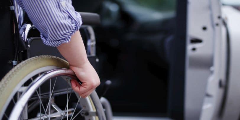 Menschen mit Behinderung klagen auf Kostenübernahme